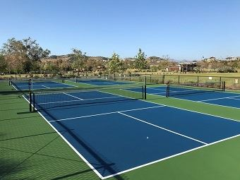 How-many-pickleball-courts-fit-tennis-1024x768